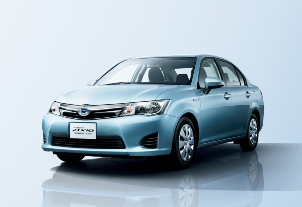 New Toyota Corolla hybrid launched in Japan