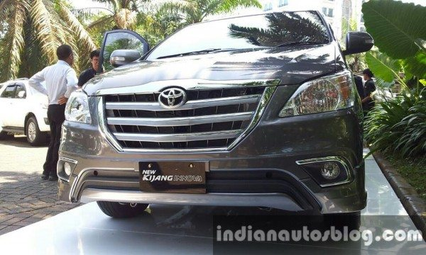 toyota-innova-facelift-indonesia-india-launch-4-600x360 motoroids-pramotion-728 toyota-innova-facelift-indonesia-india-launch-3-600x360