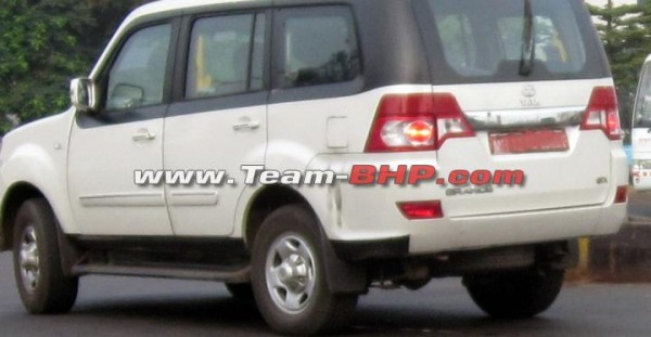 Tata Sumo Grande Facelift spotted testing