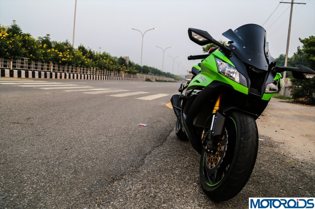 2013 kawasaki ninja zx10r quick review: a date with the green