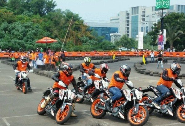 KTM Orange Day held in Mumbai