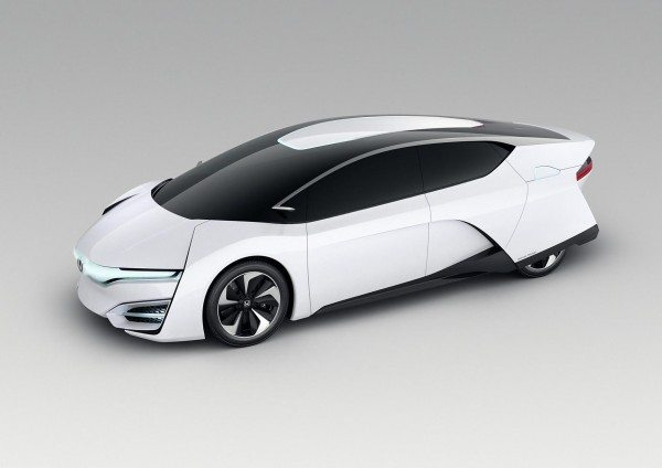 Honda FCEV Concept makes its public debut at the 2013 LA Auto Show