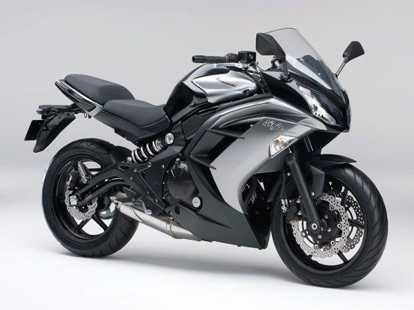 2014-Kawasaki-Ninja-400R motoroids-pramotion-728 2014-Kawasaki-Ninja-400R-2