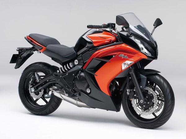 2014-Kawasaki-Ninja-400R