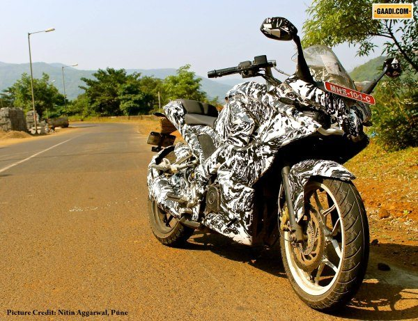 Fully faired Bajaj Pulsar 200SS (SuperSports)- More Details and spy pic