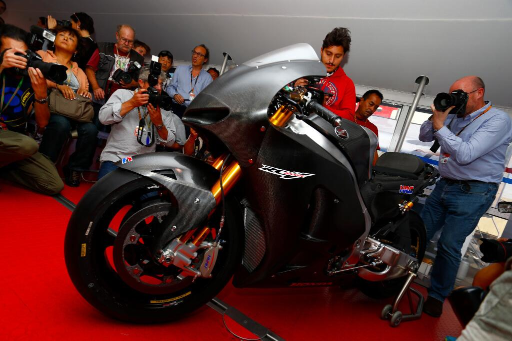 Honda-RCV1000R-Production-Racer.jpg