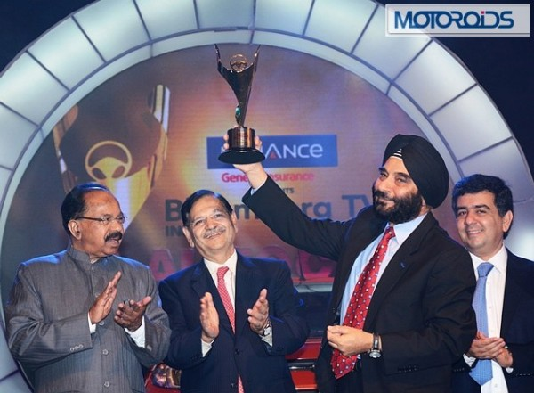 Car of the Year - L to R Dr. Veerappa Moily, Mr. Gajendra Haldea, Mr. Joginder Singh, President & MD Ford India, Mr. Hormazd Sorabjee, Editor Autocar India