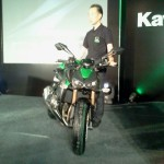 LIVE from 2014 Kawasaki Z1000 India launch event. Priced @ INR 12.5 lakhs