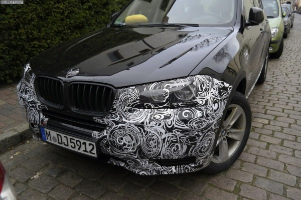 Upcoming 2015 BMW X3 facelift spotted inside and out