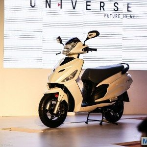 Hero-Dash-Scooter-11-300x300.jpg.pagespeed.ce.FbUJ7iGnXi
