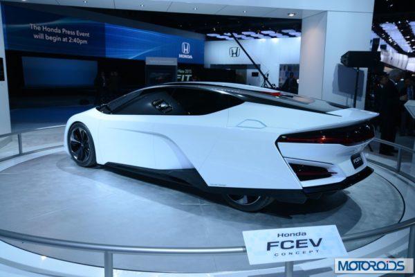 Honda FCEV Concept NAIAS 2014 Detroit (1)