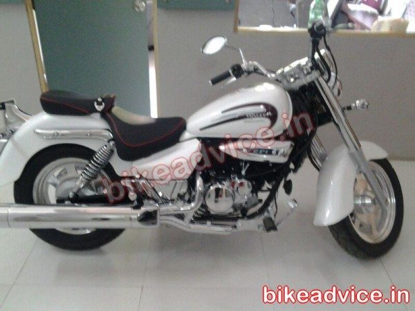 Hyosung Aquila 250 spotted again; Auto Expo 2014 debut