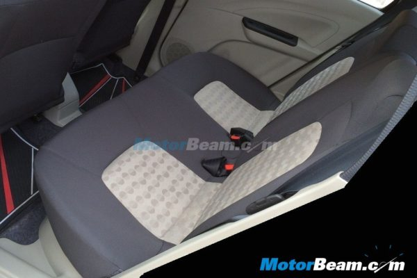 Maruti-Celerio-Rear-Seat-pics