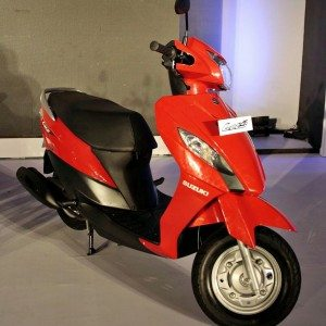Suzuki Let's 110cc scooter India (9)