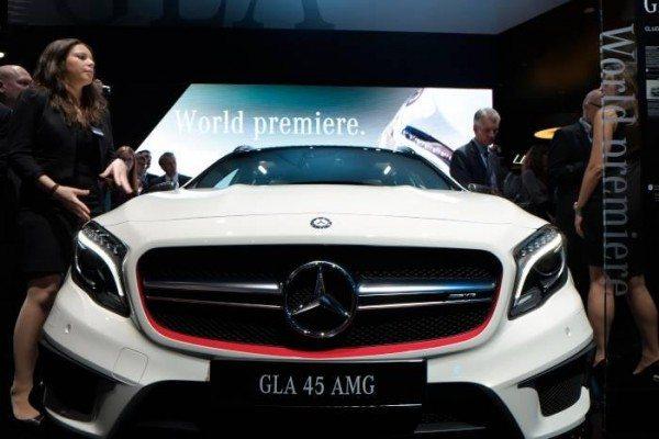 NAIAS LIVE- Mercedes Benz GLA 45 AMG makes public debut at Detroit Motor Show