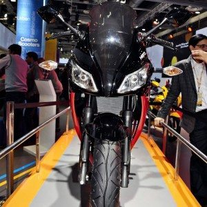 Hero HX250R auto Expo 2014 (2)