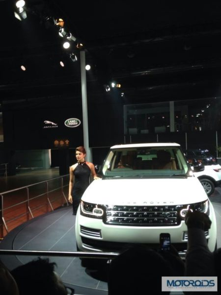 New 2014 Range Rover Long Wheelbase Launched in India; Price and Details here