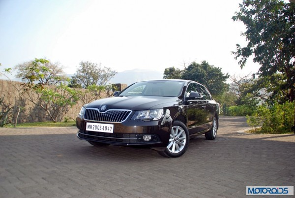 New Skoda Superb facelift India launch date announed; All the Details