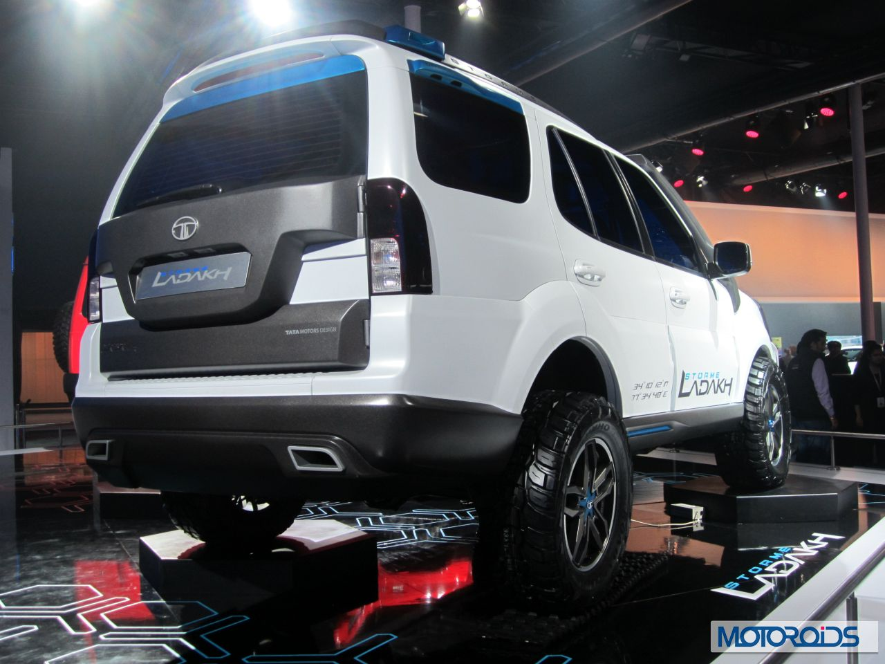 Some of the highlights of the Tata Safari Storme Ladakh concept are :