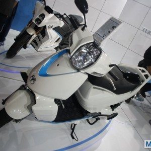 Terra Motors A 4000i scooter Auto Expo 2014 (2)