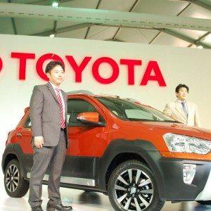 Toyota Etios Cross Auto Expo 2014 (3)