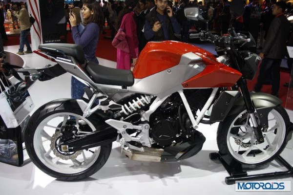 New Hyosung GD250N showcased at Auto Expo 2014; Images & Details