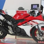 Latest brochures reveal that Yamaha R15 v3 is merely a flight of fantasy