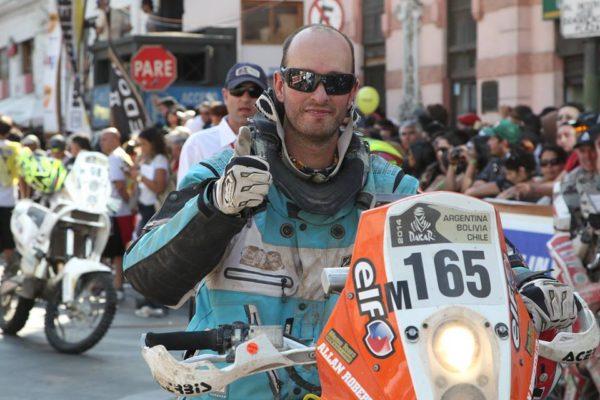 [Image: Allan-Roberts-Dakar-participant-no-165-15-600x400.jpg]