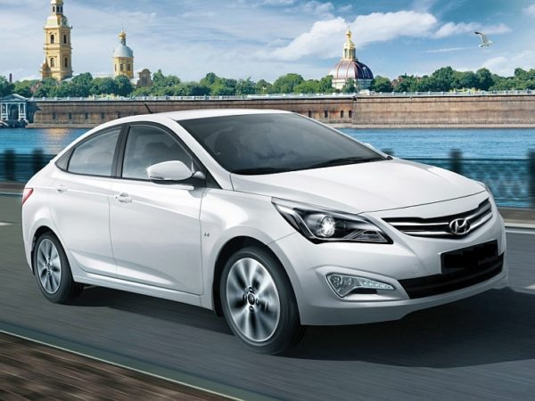 2015-Hyundai-Verna-Sedan-Facelift-1