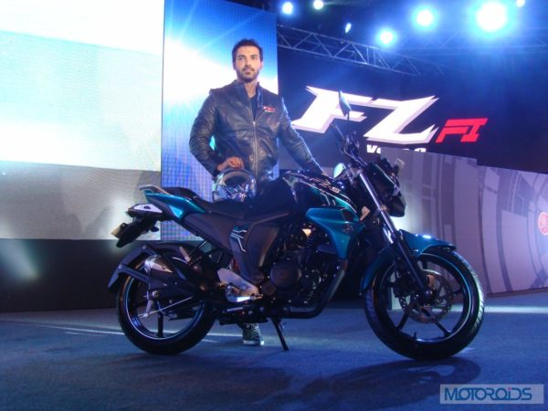 Yamaha FZS Fi vs Suzuki Gixxer 155: Features and Tech Specs Compared