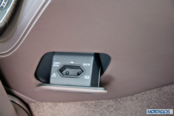 2014 Audi A8L interior (14)