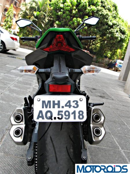 2014 Kawasaki Z1000 rear view