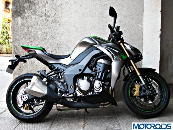 2014 Kawasaki Z1000 right view