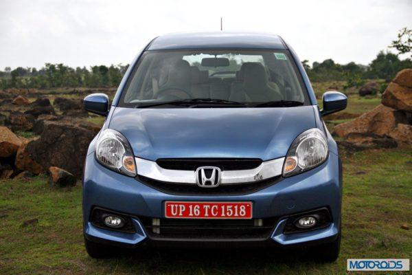 Honda Mobilio front (3)