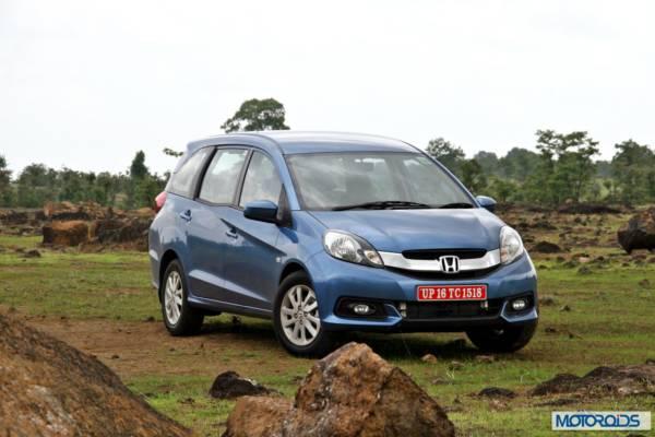 Honda Mobilio front (8)
