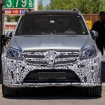 SPIED: New Mercedes-Benz GL-Class facelift caught on camera