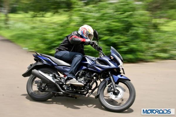 2014 Bajaj Discover 150 F (17)