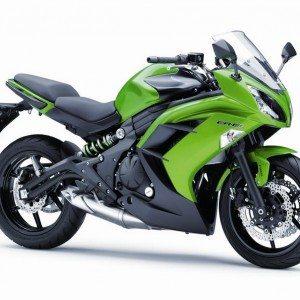 2015 Kawasaki Z800 Performance edition - Motoroids.com