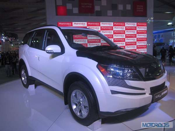 Upcoming Mahindra XUV500 to get automatic transmission, hybrid variant