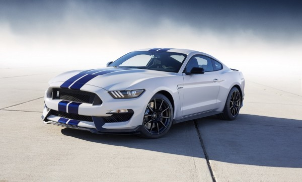 1000  images about Ford Shelby Mustang GT500 on Pinterest
