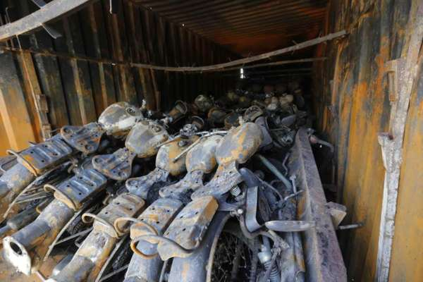 Truck carrying Royal Enfield catches fire - 3