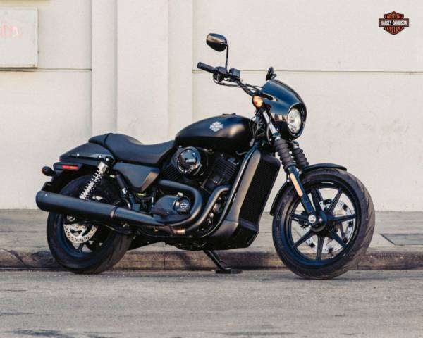 For more pictures and technical specifications of the Harley-Davidson