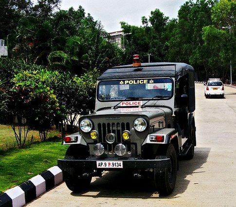 cop cars in India (3)